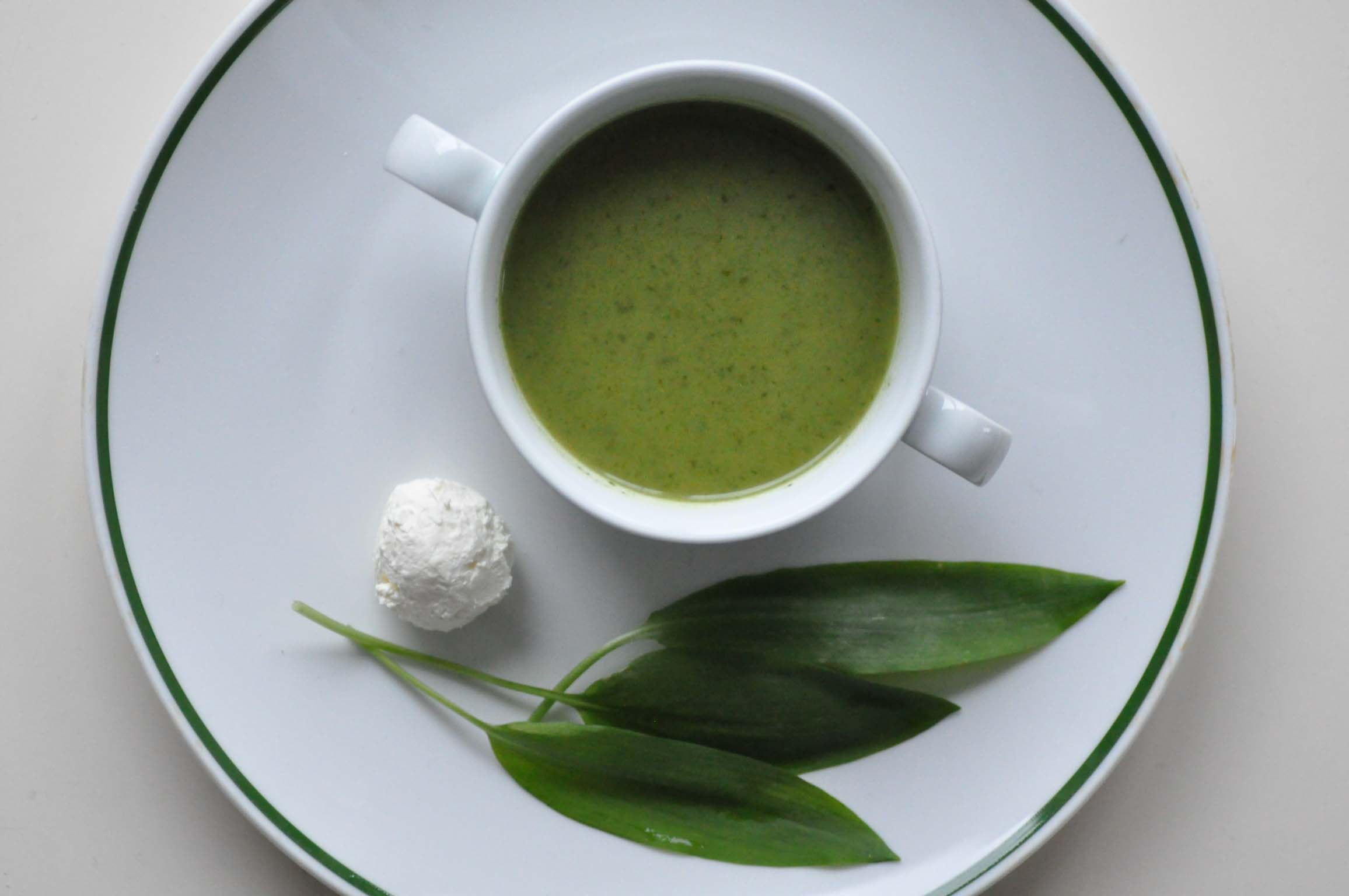 bears garlic soup with sheeps milk cheese_bearbeitet-1